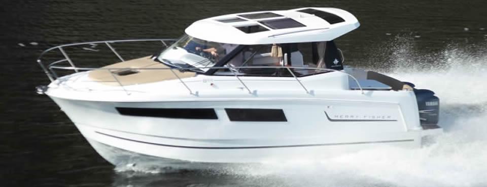 noleggio barca a motore 9 metri Merry Fisher toscana mare - punta ala